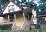 Foreclosed Home en N POPLAR ST, Waukegan, IL - 60085
