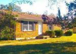 Foreclosed Home en FALLS LN, Shepherdsville, KY - 40165