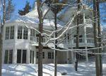 Foreclosed Home en COTTAGE LN, Charlevoix, MI - 49720