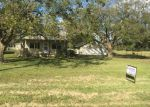 Foreclosed Home en FM 1096 RD, Boling, TX - 77420