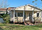 Foreclosed Home en HIGHWAY B, Higbee, MO - 65257