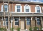 Foreclosed Home en SHALLOWATER RD, Jacksonville, FL - 32258