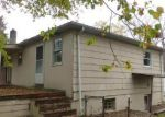 Foreclosed Home en SUNSET AVE, Gwynn Oak, MD - 21207