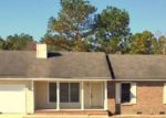 Foreclosed Home en ALEXWOOD DR, Hope Mills, NC - 28348