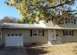 Foreclosed Home en LAKEVIEW AVE, Milford, DE - 19963