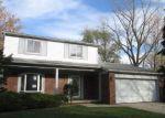 Foreclosed Home in VALLEY DR, Ypsilanti, MI - 48197