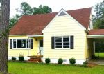 Foreclosed Home en LEE CIR, Dillon, SC - 29536