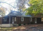 Foreclosed Home en DICKERSON MILL RD, Moneta, VA - 24121