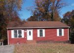 Foreclosed Home en YOUNGWOOD DR NW, Roanoke, VA - 24017