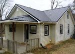 Foreclosed Home en E HOWARD RD, Livingston, TN - 38570