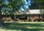 Foreclosed Home en CLINARD FARMS RD, High Point, NC - 27265