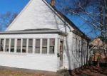 Foreclosed Home en W ELM ST, Bloomington, IL - 61701