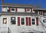 Foreclosed Home en BOWLBY ST, Hampton, NJ - 08827