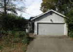 Foreclosed Home en 14TH AVE SW, Seattle, WA - 98106