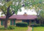 Foreclosed Home en SOUTHGATE DR, Mount Pleasant, TX - 75455