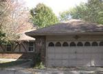 Foreclosed Home en MANCHESTER AVE, Grandview, MO - 64030