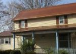 Foreclosed Home en S GUM ST, North Vernon, IN - 47265
