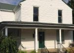 Foreclosed Home en EVERGREEN ST, Greenfield, TN - 38230