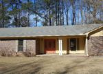 Foreclosed Home en REED ST, Malvern, AR - 72104