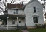 Foreclosed Home en 2ND AVE, Baraboo, WI - 53913
