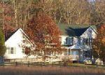 Foreclosed Home en OTIS DAVIS RD, Pikeville, TN - 37367