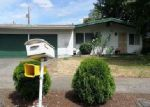 Foreclosed Home en SE PINE CT, Portland, OR - 97216