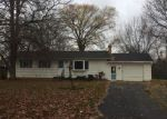 Foreclosed Home en ZORNOW DR, Rochester, NY - 14623