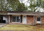 Foreclosed Home en KELLIE DR, Houma, LA - 70360