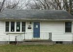Foreclosed Home in N 10TH ST, Centerville, IA - 52544