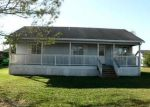 Foreclosed Home en OAKMONT ST NW, Moore Haven, FL - 33471