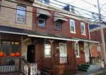 Foreclosed Home en SPRUCE ST, Easton, PA - 18042