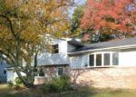 Foreclosed Home en KADLUBECK WAY, Tuckerton, NJ - 08087