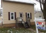 Foreclosed Home en W BREWSTER ST, Appleton, WI - 54914