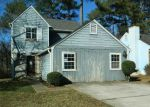 Foreclosed Home en WOODCREST MANOR DR, Stone Mountain, GA - 30083