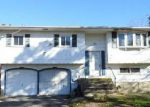 Foreclosed Home en WILSON BLVD, Central Islip, NY - 11722