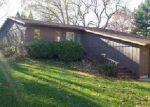 Foreclosed Home en ALAMO DR, Freeport, IL - 61032