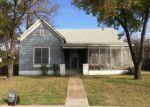 Foreclosed Home en W NAVASOTA ST, Groesbeck, TX - 76642