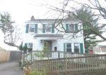 Foreclosed Home en BRISTOL ST, Hartford, CT - 06106