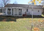 Foreclosed Home en KATHLEEN RD, New Bedford, MA - 02745