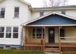 Foreclosed Home en E CHESTNUT ST, Wauseon, OH - 43567