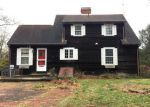 Foreclosed Home en OLD POST RD, Charlestown, RI - 02813