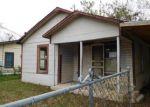 Foreclosed Home en PRICE AVE, San Antonio, TX - 78211