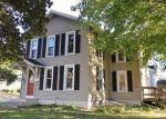Foreclosed Home en N DIXON AVE, Dixon, IL - 61021