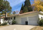 Foreclosed Home en E HINCKLEY ST, Mount Shasta, CA - 96067
