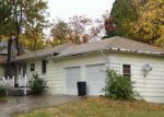Foreclosed Home en E HINCKLEY ST, Mount Shasta, CA - 96067