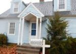 Foreclosed Home en ROSWELL ST, Milford, CT - 06460