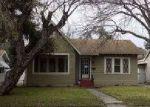 Foreclosed Home en STEVES AVE, San Antonio, TX - 78210
