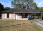 Foreclosed Home en MESQUITE ST, Refugio, TX - 78377