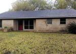 Foreclosed Home en FM 2143, Port Lavaca, TX - 77979
