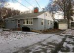 Foreclosed Home en ROSEMERE ST, Elyria, OH - 44035